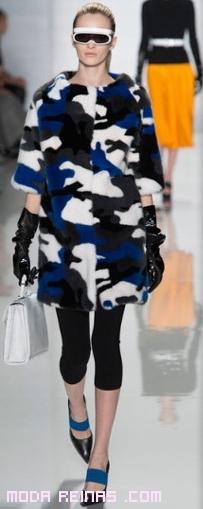 abrigos futuristas de moda