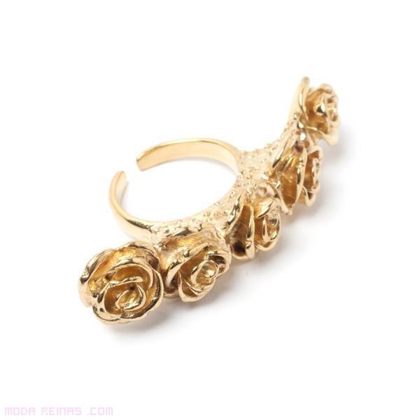 anillos grandes con rosas doradas