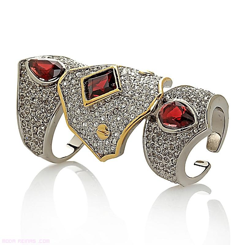 anillos con piedras y brillantes