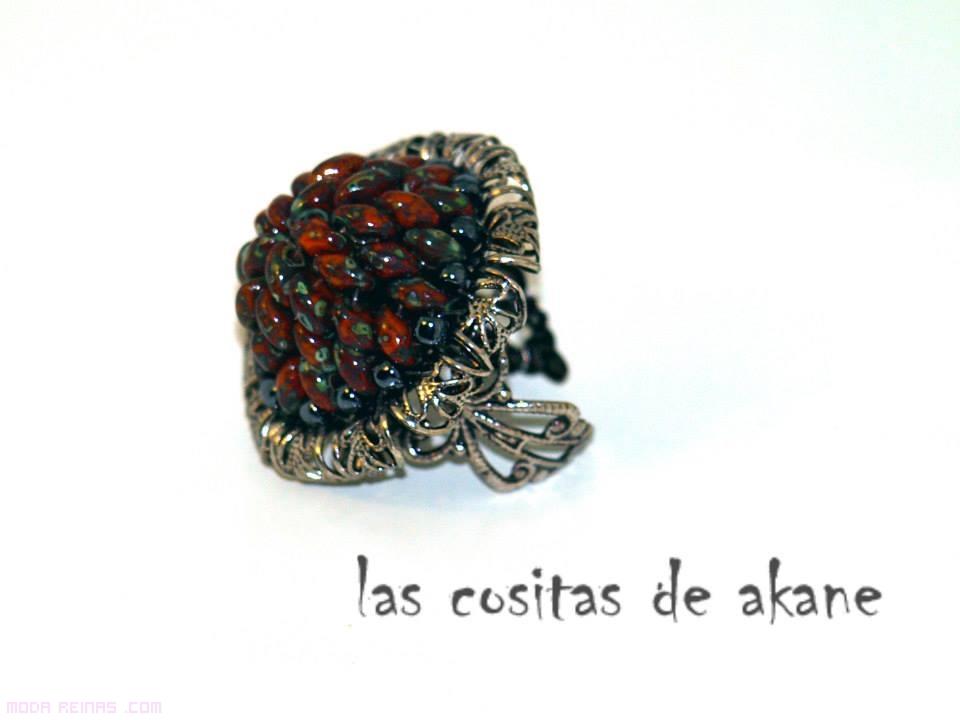 anillos abalorios rojos