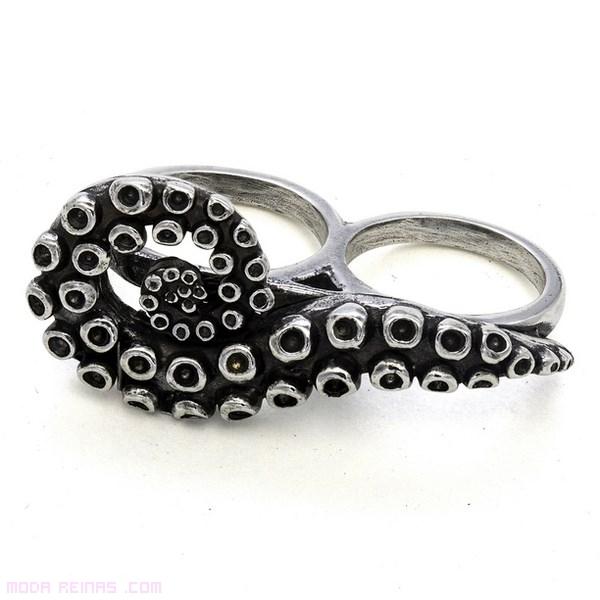 anillos en plata vieja