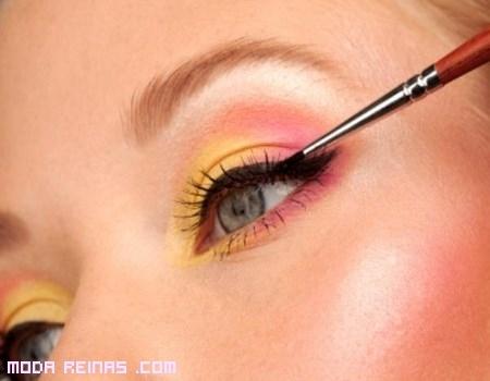 Eyeliner en color negro