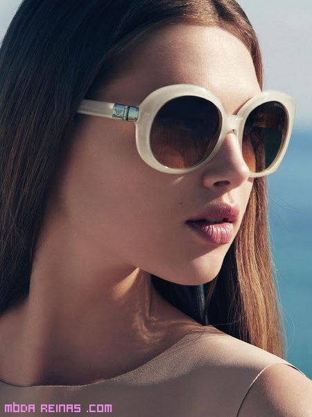 gafas estilo vintage nude