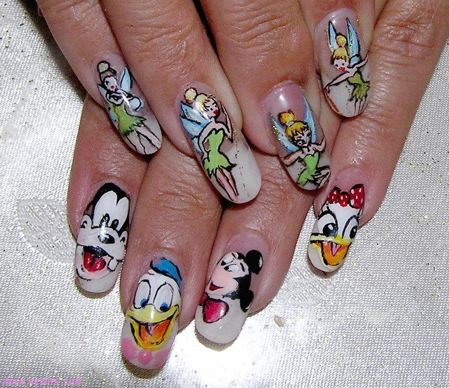 uñas con dibujos Peter Pan