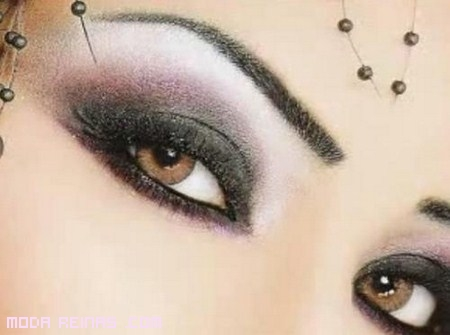 Maquillaje para ojos a lo árabe