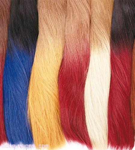 mechones de colores de moda