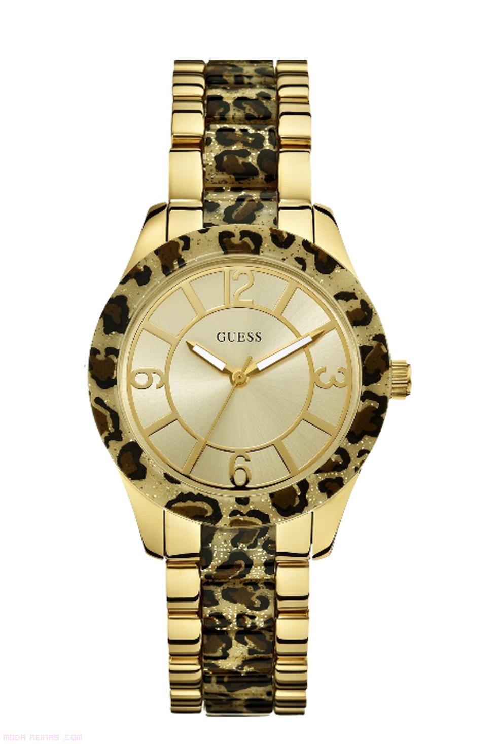 relojes dorados y con estampado de moda
