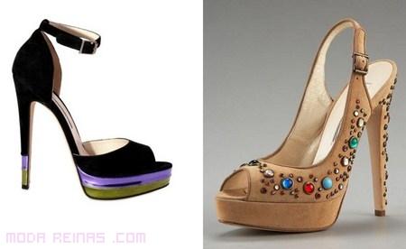 Sandalias de pedrería de moda