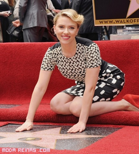 vestidos de Scarlett Johansson
