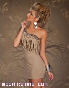 vestidos asimétricos con flecos