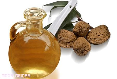 aceite-de-almendras-para-hacer-crecer-pestanas
