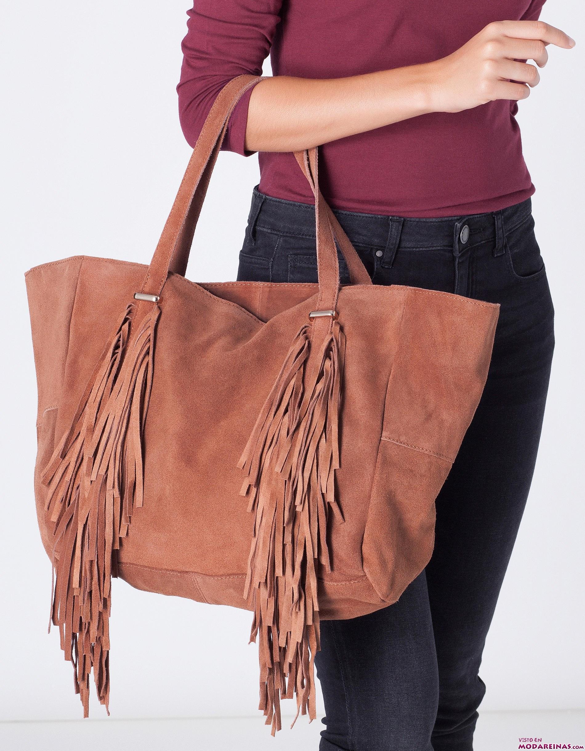 bolso shopper marrón con flecos