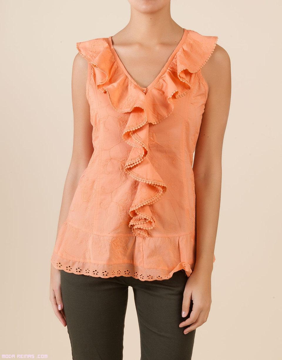 camisetas con bordados de moda