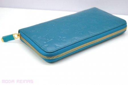 carteras azul cielo