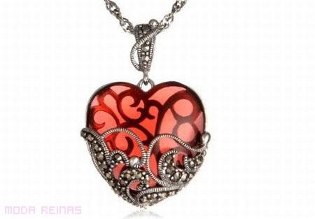 collar-con-forma-de-corazon