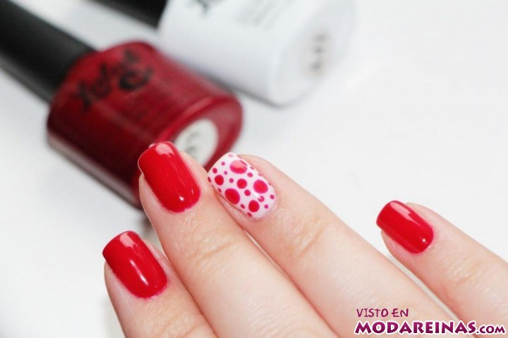 manicura en color rojo
