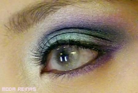 maquillaje-inspirado-en-la-aurora-boreal