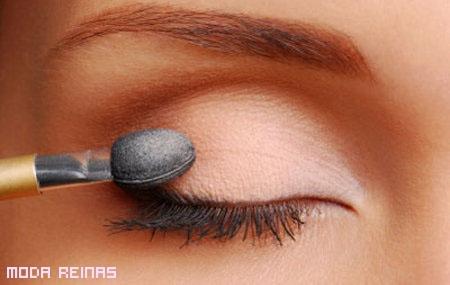 maquillaje-para-agrandar-los-ojos