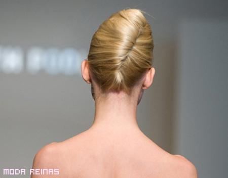 peinado-para-fiestas-formales-estilo-chignon