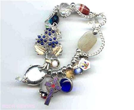 pulseras-bohemias-y-eclecticas-a-la-moda