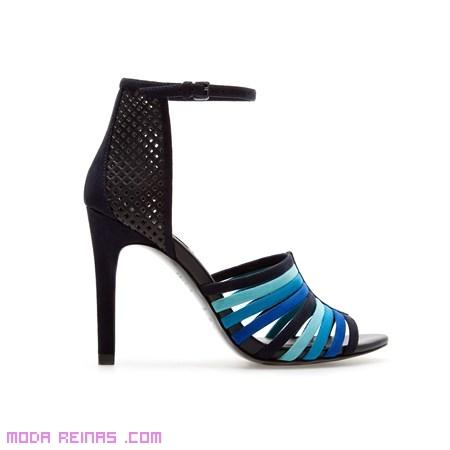 sandalias de colores elegantes