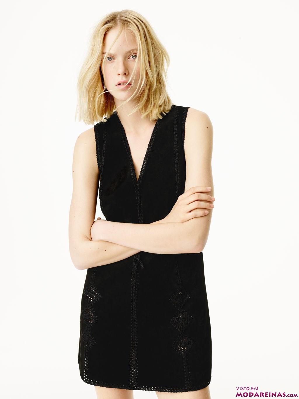 vestido corto en negro de zara