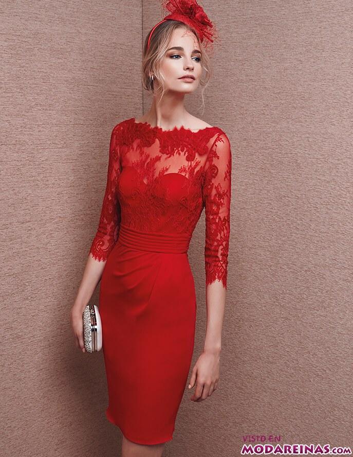 vestido corto en rojo de la sposa