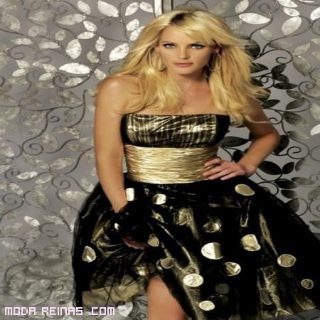 vestido negro y dorado rock a la moda