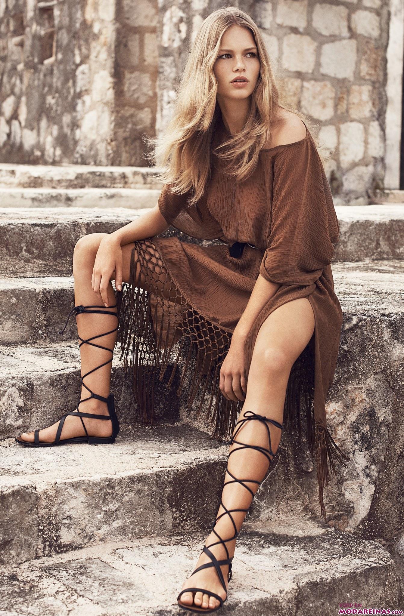 vestido mango de flecos