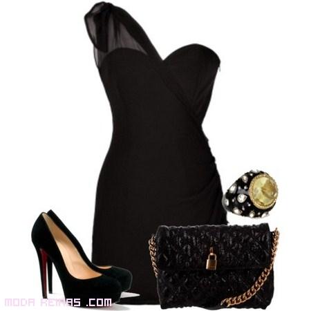 vestido negro con complementos