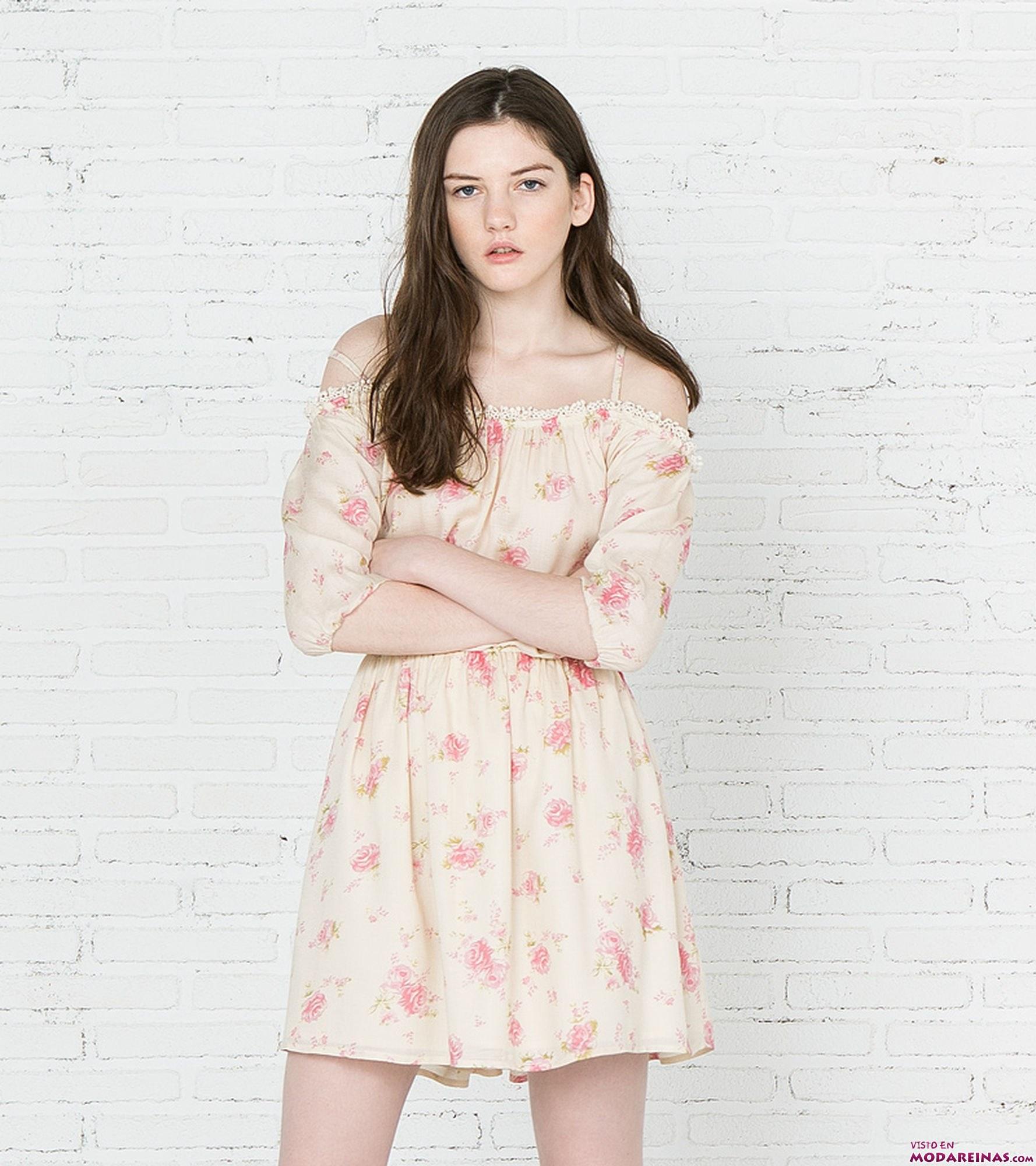 vestido vaporoso de flores