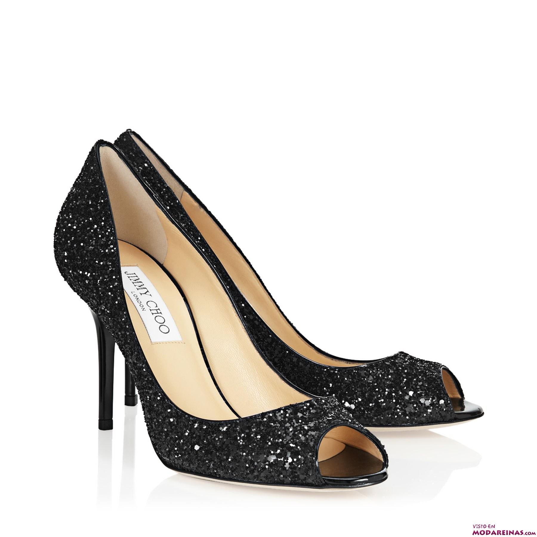 zapato en color negro con brillantes
