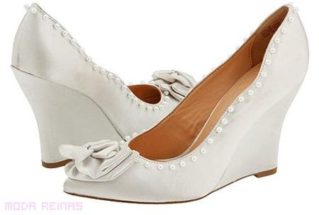 zapatos-de-novia-comodos-a-la-moda-2011