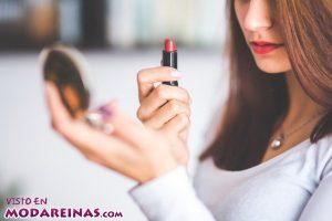 Consigue unos labios perfectos con estos consejos
